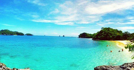 Wisata Pantai Malang Selatan Terpopuler